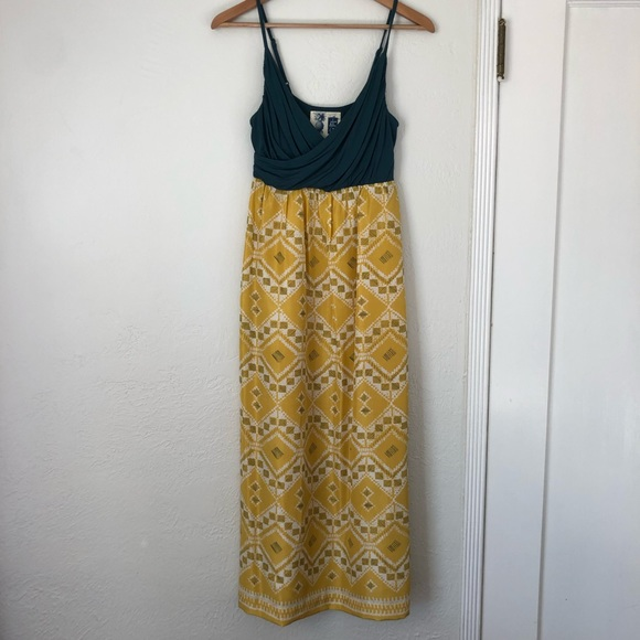 Anthropologie Dresses & Skirts - Anthropologie Midi Dress